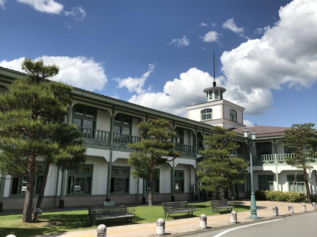 高山市図書館